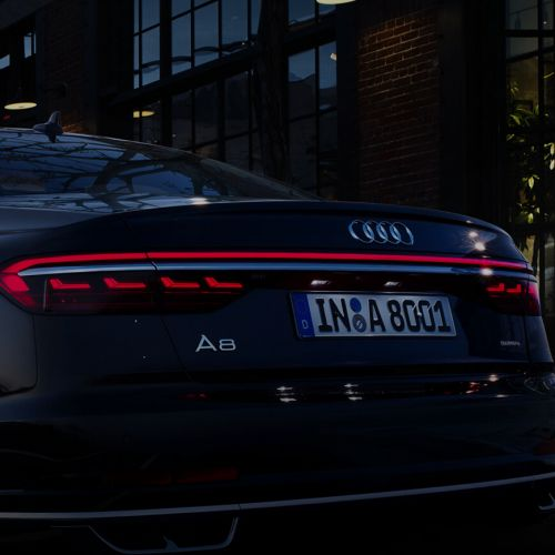 Audi Dubai – A8 Display Ads